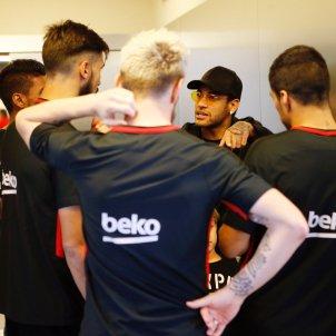Neymar visita Barça   FCB