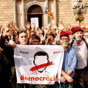 Concentració estelada ulleres Plaça Sant Jaume Llibertat presos - Sergi Alcàzar
