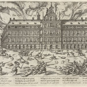 Incendio Ayuntamiento Amberes / Wikipedia