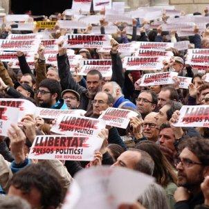 Aturada de país 8 de novembre a plaça Sant Jaume / Laura Gómez