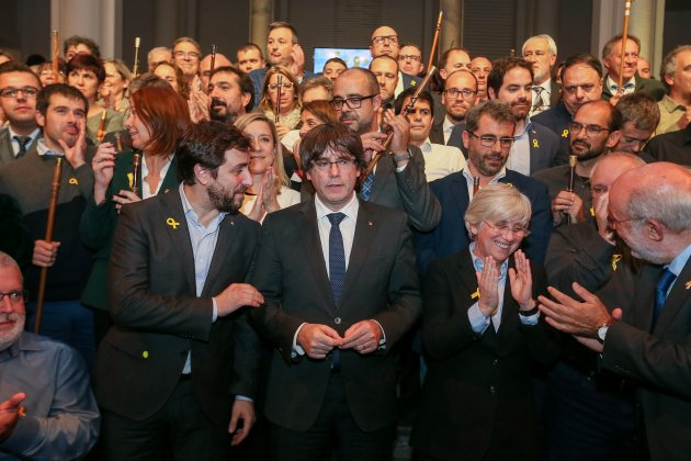 Puigdemont Brusel·les consellers Comin Alcaldes - Efe