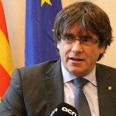 Puigdemont recorda a Juncker que Rajoy només té el 8,5% de vots a Catalunya