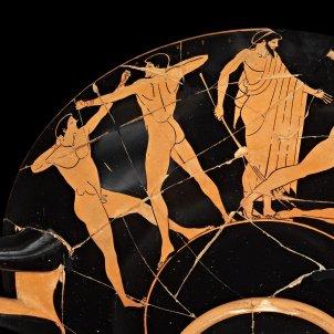 kylix de ceramica atica de figuras rojas c 500 490 a c realizada en atenas posiblemente de vulci italia c the truste