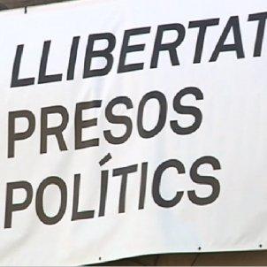 ajuntament barcelona presos politics