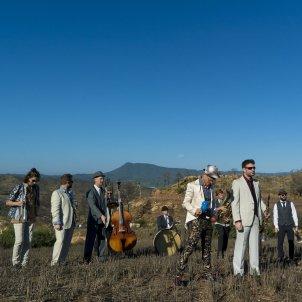 Biflats videoclip cumbia pirineu abradacabras