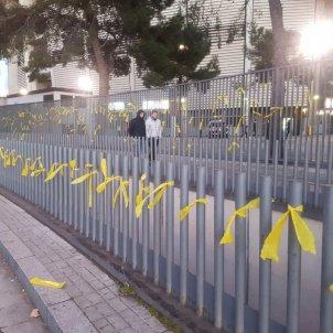 CDR Barça llaços grocs Camp Nou @Cdrfcb