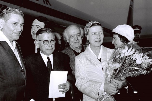 Government Press Office (GPO)   Jean Paul Sartre and Simone De Beauvoir welcomed by Avraham Shlonsky and Leah Goldberg