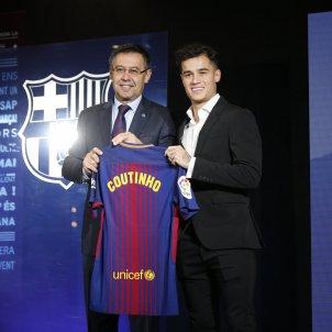 Presentació philippe Coutinho - Sergi Alcàzar