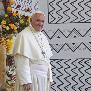 Papa Roma Perú Efe