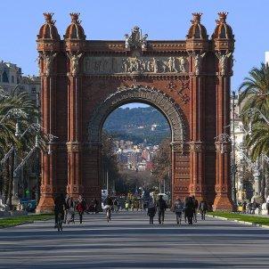 arc de triomf barcelona wikimedia