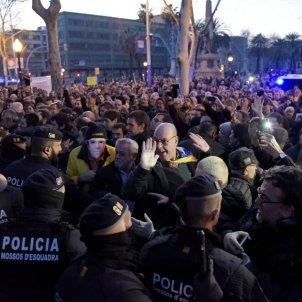Manifestació Parlament investidura / Laura Gómez