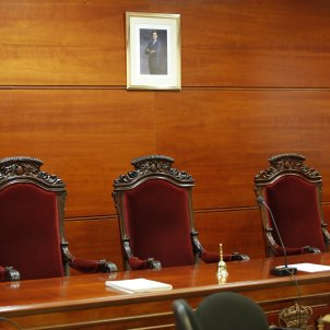 Judici quadre Rei cadires - Sergi Alcàzar