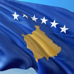 bandera kosovo