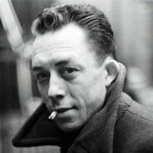 Albert Camus, el Nobel d'origen menorquí, publica la seva primera obra. Camus a Paris (1944). Font Henri Cartier Bresson
