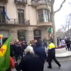 manifestacio kurda BCN Youtube