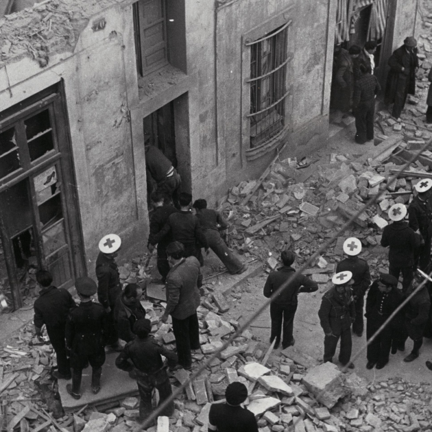 Efectes del bombardeig sobre Barcelona. 16,17,18 03 1938. Font La Xarxa