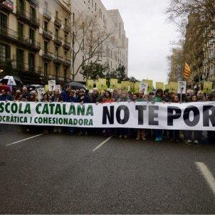 capçalera mani escola catalana   Mónica Pérez