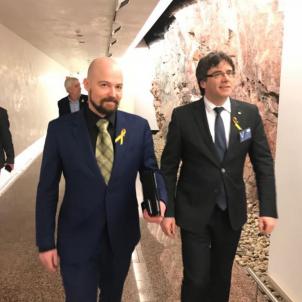 Puigdemont parlament fines riitakorpi