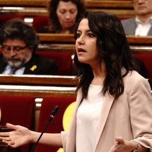 Arrimadas ple Parlament Roberto Lázaro