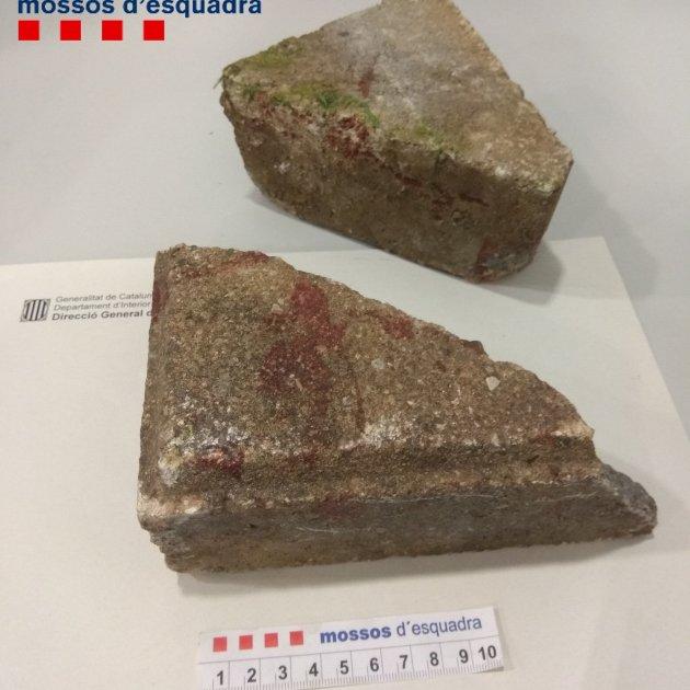Resultat d'imatges de dos pedres