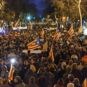 Manifestació delegacio del govern 23M estelada - Sergi Alcàzar