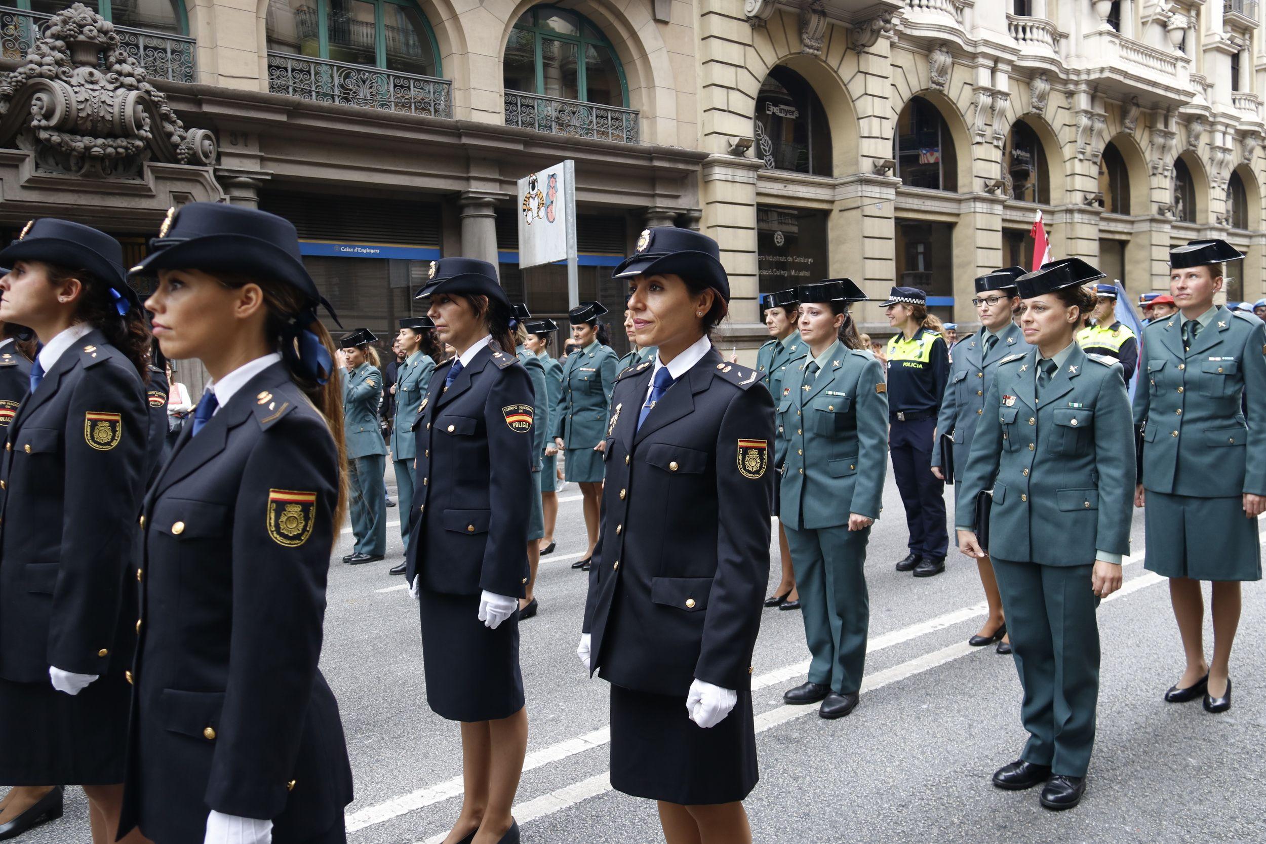 Espanya veta el viatge a Barcelona de dones policia per ser