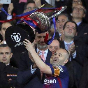 Iniesta Copa del Rei Titol celebració EFE
