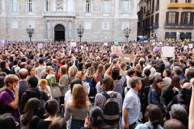 manifestacio manada plaça sant jaume - sergi alcazar