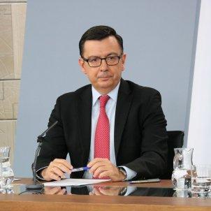 Ministre escolano ACN