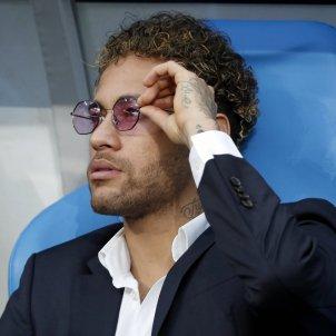 Neymar banqueta PSG lesió   EFE