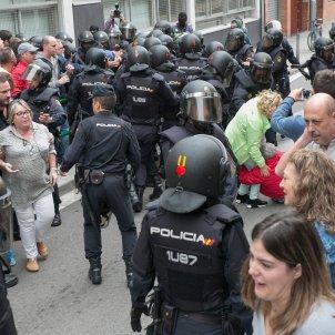 policia espanyola referendum 1 O ACN