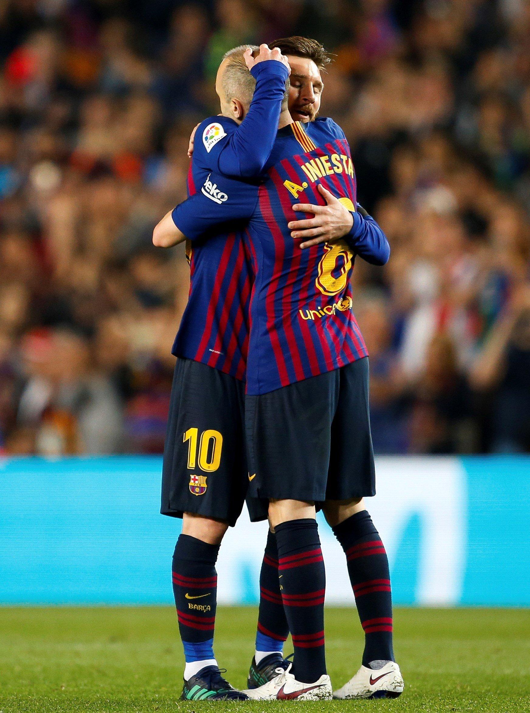 Iniesta i Messi Efe