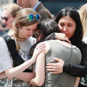 Víctimas atentado lieja familiares amigos / efe