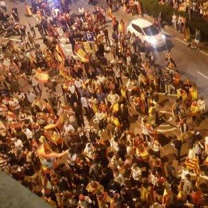 concentracio espanyolista davant catalunya radio