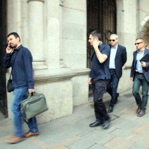 El fiscal anticorrupció, José Grinda, arribant a l'Ajuntament de Girona / ACN