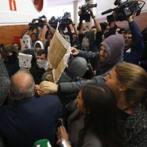 Incidents Universitat Autònoma Madrid Felipe González Juan Luis Cebrián 20161019