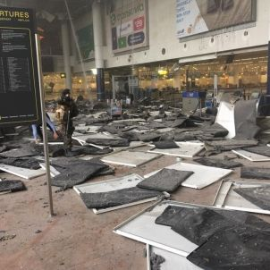 Destrosses a l'aeroport de Brussel·les