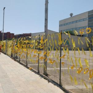 Llaços grocs lleida   CDR Lleida