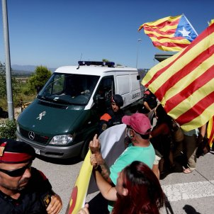 Arribada Forcadell Bassa Figueres - Carles Palacio