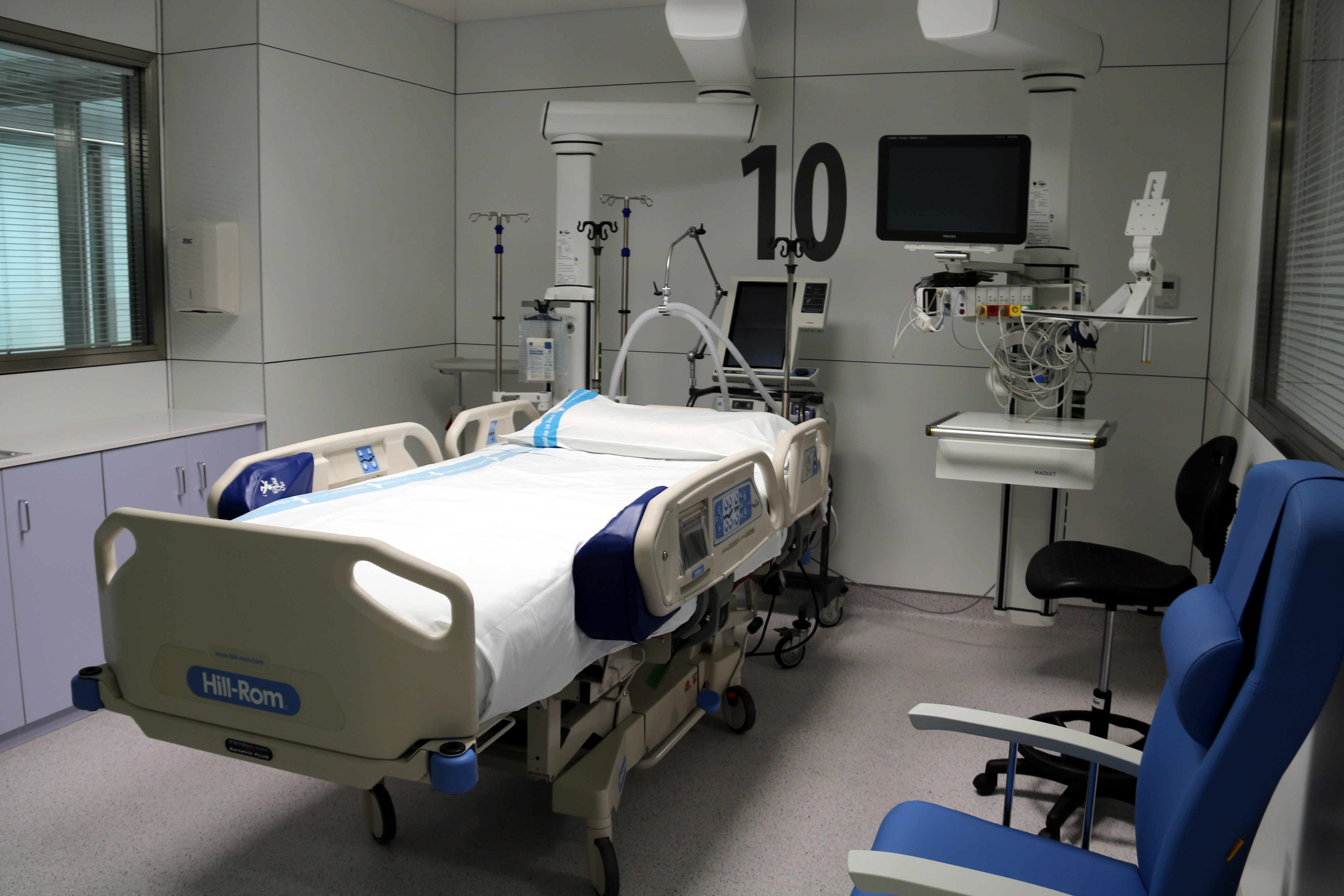 UCI hospital arnau de vilanova acn