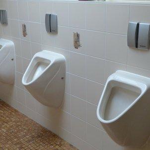 lavabo públic PIxabay