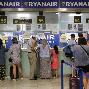 Mostrador Ryanair Prat vaga juliol 2018 ACN