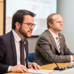 roda premsa pere aragones albert castellanos economia - Carles Palacio