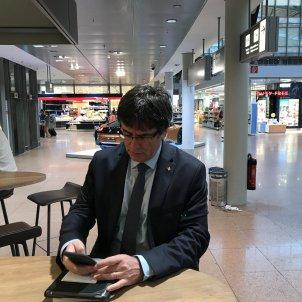 Carles Puigdemont Aeroport Hamburg