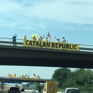 Catalan Republic cartell AP-7 Girona - Cedida Twitter