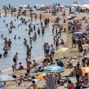 Platja Barcelona Turisme Onada de calor SergiAlcazar 03