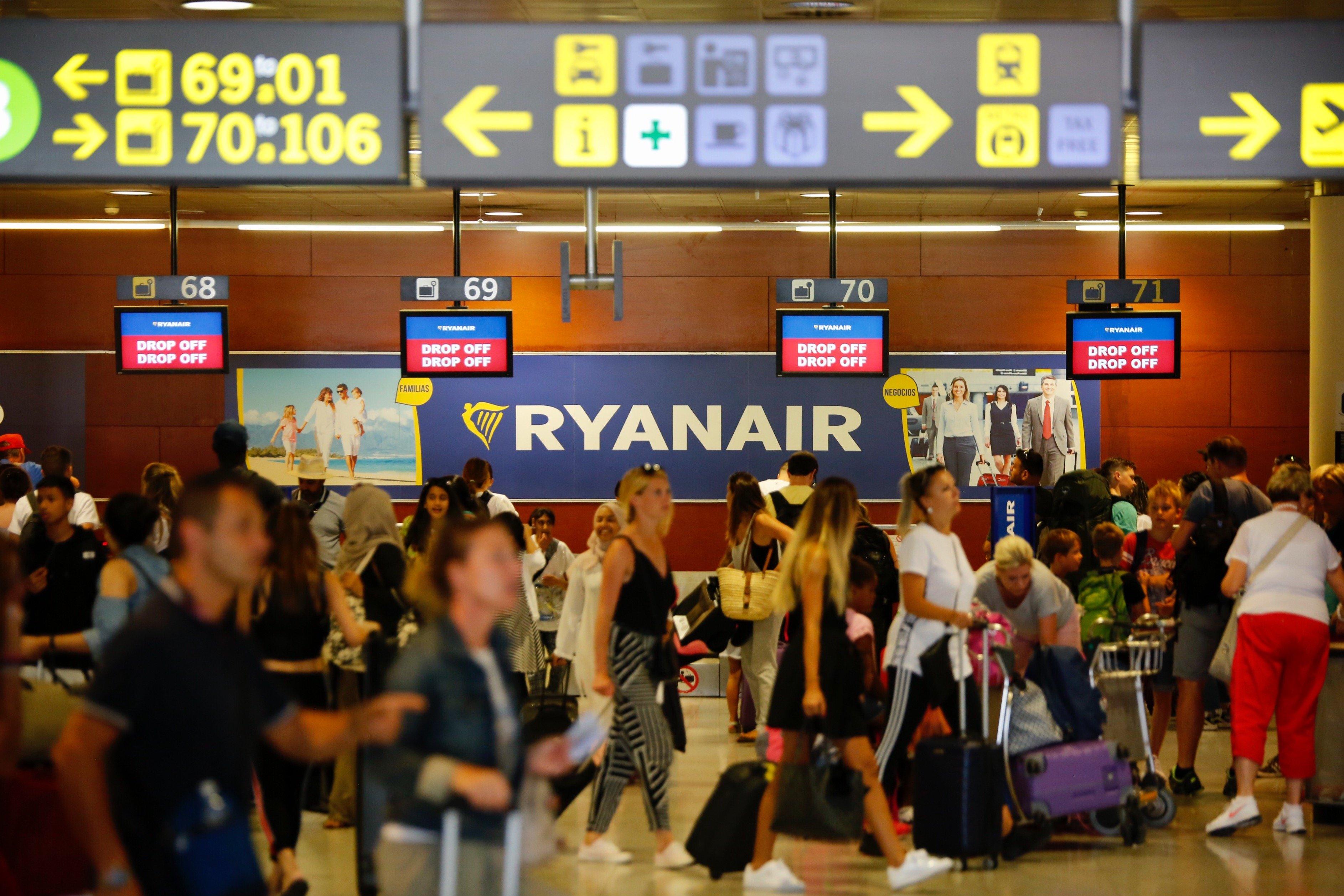 Vaga Ryanair aeroport del Prat - Sergi Alcàzar