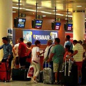 Aeroport prat T2 Ryanair checkin- Sergi Alcazar