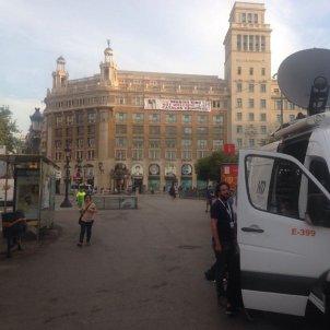 foto gran vista pancarta rambla placa catalunya pau llosa