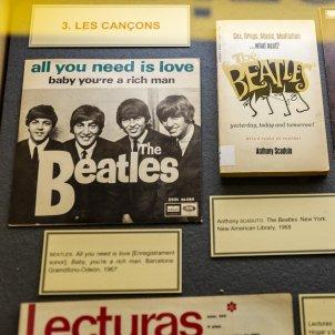 Exposicio 1968 quin estiu el d'aquell any biblioteca de Catalunya Beatles - Sergi Alcazar